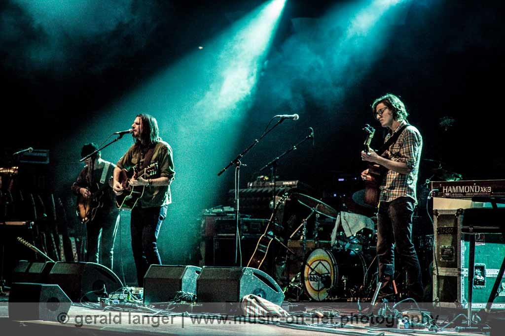 Jonathan Wilson mit Band am 8. November 2011 in der Alten Oper in Frankfurt © Gerald Langer