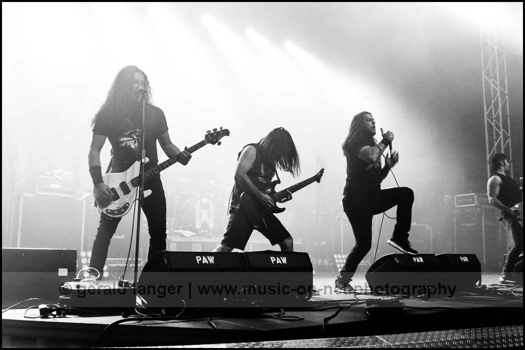 Unearth - Christmas Bash 2016 - Geiselwind © Gerald Langer