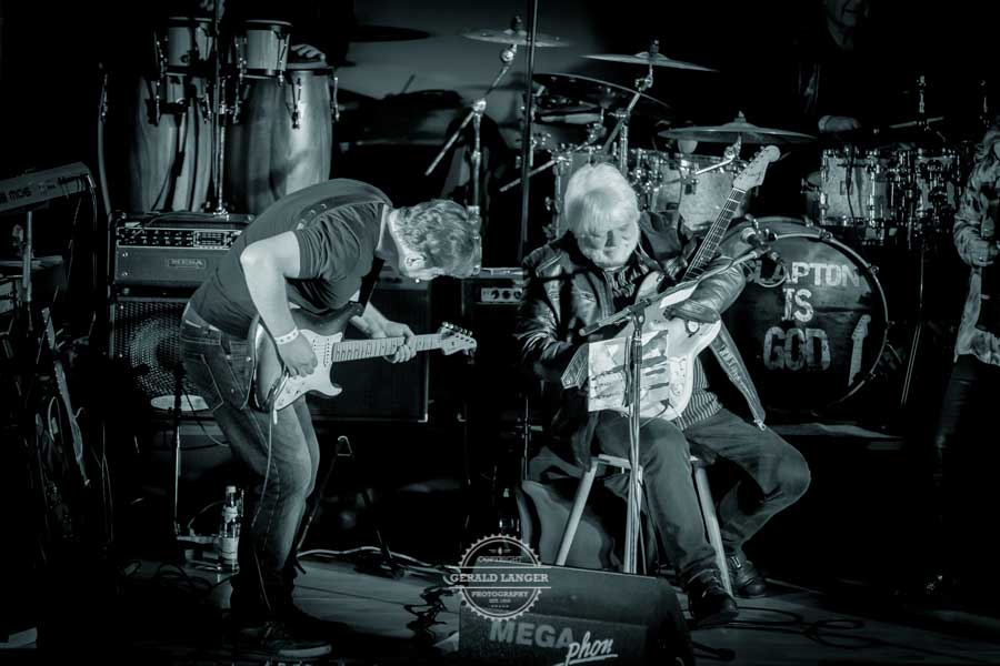 20181030_Bell-Bottom-Blues-Band-presents-The-very-best-of-Eric-Clapton_Radlersaal-Wuerzburg-©-Gerald-Langer_475